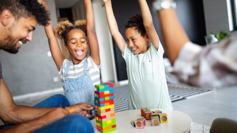 What are the fun things to do with kids at home?